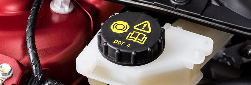 Liquide de frein pour voiture